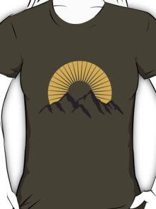 Beautiful mountains with Sun T-Shirt
