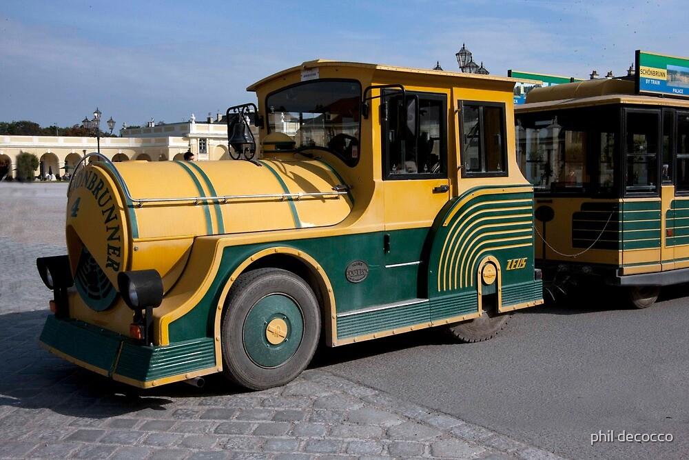 Schonbrunn Castle Shuttle by phil decocco