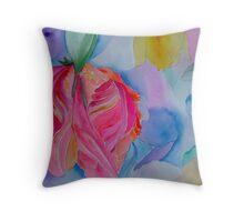 Parrot Tulip 00 88 Throw Pillow