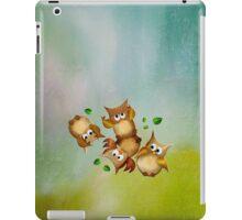 Owl crash iPad Case/Skin