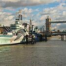 Belfast warship near Tower Bridge by StephenRB