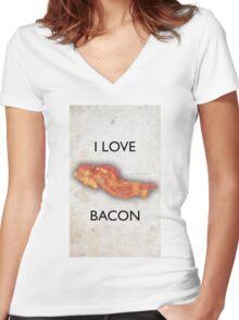 I love Bacon Women's Fitted V-Neck T-Shirt