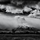 Big Pine California by Jeffrey  Sinnock
