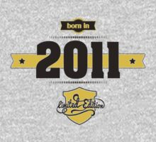 Born in 2011 (Choco&Yellow) by ipiapacs