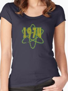 Vintage Look 1970's Funky Year Graphic 1974 Women's Fitted Scoop T-Shirt