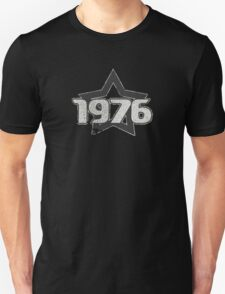 Vintage Look 1970's Funky Year Graphic 1976 Unisex T-Shirt