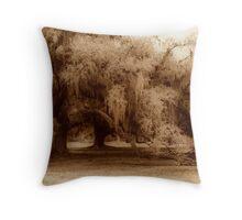 Louisiana Oak Throw Pillow