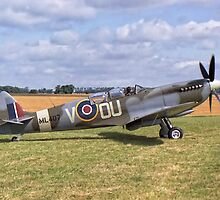 Supermarine Spitfire T9 by ipgphotography