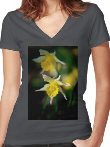 wild daffodils Women's Fitted V-Neck T-Shirt