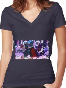 Lone Digger Women's Fitted V-Neck T-Shirt