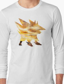 Mega Manectric Thunder Wave Long Sleeve T-Shirt