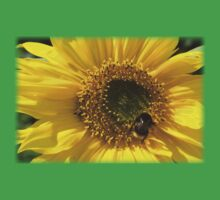 Cute Bumble Bee on a Sunflower Kids Clothes