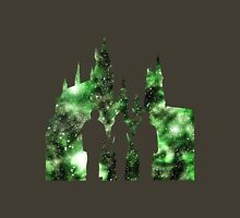 Hogwarts Silhouette Green. Unisex T-Shirt