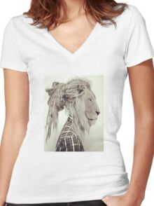 Dread lock Lion Women's Fitted V-Neck T-Shirt