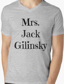 Mrs. Jack Gilinsky Mens V-Neck T-Shirt