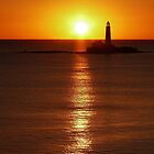 Sunrise behind St Mary's Lighthouse, Whitley Bay, UK by daran6795
