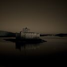 kisimul castle, isle of barra by christopher lonie