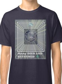 many retruned Classic T-Shirt