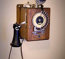 Antique Telephone by damhotpepper