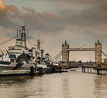 London Tower Bridge by jaymistry