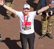Katherine Grainger at the London Marathon by Keith Larby