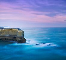 Bakers Oven, Port Campbell National Park by Hicksy