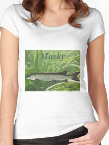 MUSKY T-SHIRT Women's Fitted Scoop T-Shirt