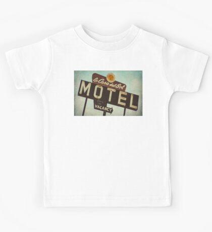 La Casa Del Sol Motel Sign Kids Tee
