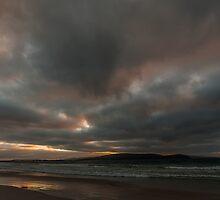 middleton beach sunrise  by warren dacey