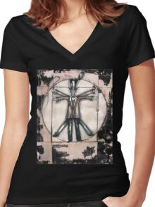 The Vitruvian mad hatter (collaboration with Blake) Women's Fitted V-Neck T-Shirt