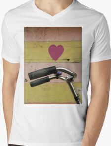 love bicycle Mens V-Neck T-Shirt