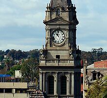 the clock tower anzac day at 11 am bendigo victoria by Brian Northern