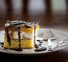 Peach-cheese cake by TOM KLAUSZ