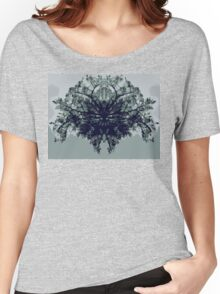 Abstract symetry Women's Relaxed Fit T-Shirt
