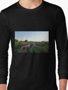 Poppy field, Classic Car Long Sleeve T-Shirt