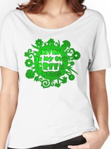 living in my own green world Women's Relaxed Fit T-Shirt