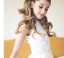 Ariana Grande Case by mariellecb