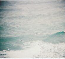 Waves vignette by strangerandfict