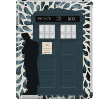 The Doctor and the TARDIS iPad Case/Skin