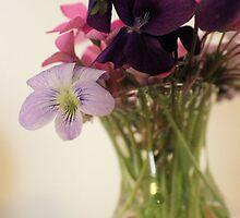 Floral Arrangement by aprilann