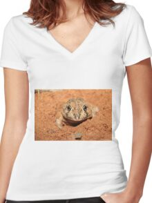 Burrowing Frog Women's Fitted V-Neck T-Shirt