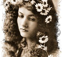 Maude Fealy by © Kira Bodensted