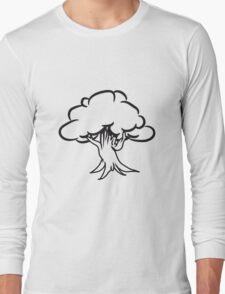 great gnarled tree Long Sleeve T-Shirt