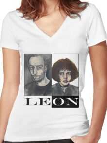 Léon: The Professional Women's Fitted V-Neck T-Shirt