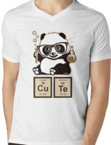 Chemistry panda discovered cute Mens V-Neck T-Shirt