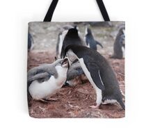 "Chinstrap Penguin and Chick ~ ""Al fresco dining"" Tote Bag"