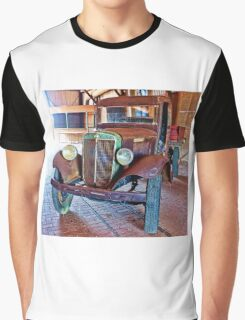 1927 Straight Six Graphic T-Shirt