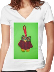 Cute owl decoration Women's Fitted V-Neck T-Shirt
