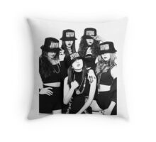 4Minute - Crazy Throw Pillow
