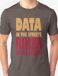 Riker Data funny nerd geek geeky T-Shirt